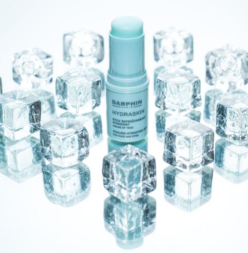 schoonheidssalon-soraya-darphin-hydrakin-cooling-hydrating-stick-ijs